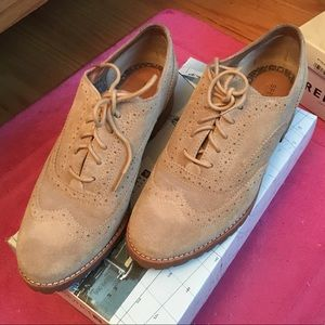 New Sperry lace up shoes